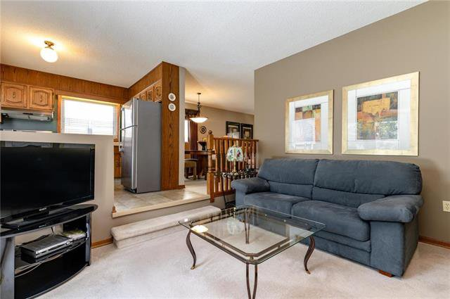 Photo 8: Photos: 10 McNulty Crescent in Winnipeg: Bright Oaks Residential for sale (2C)  : MLS®# 1906974