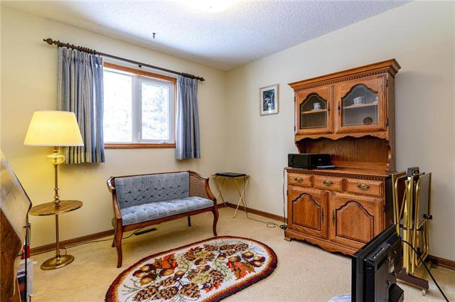 Photo 11: Photos: 10 McNulty Crescent in Winnipeg: Bright Oaks Residential for sale (2C)  : MLS®# 1906974