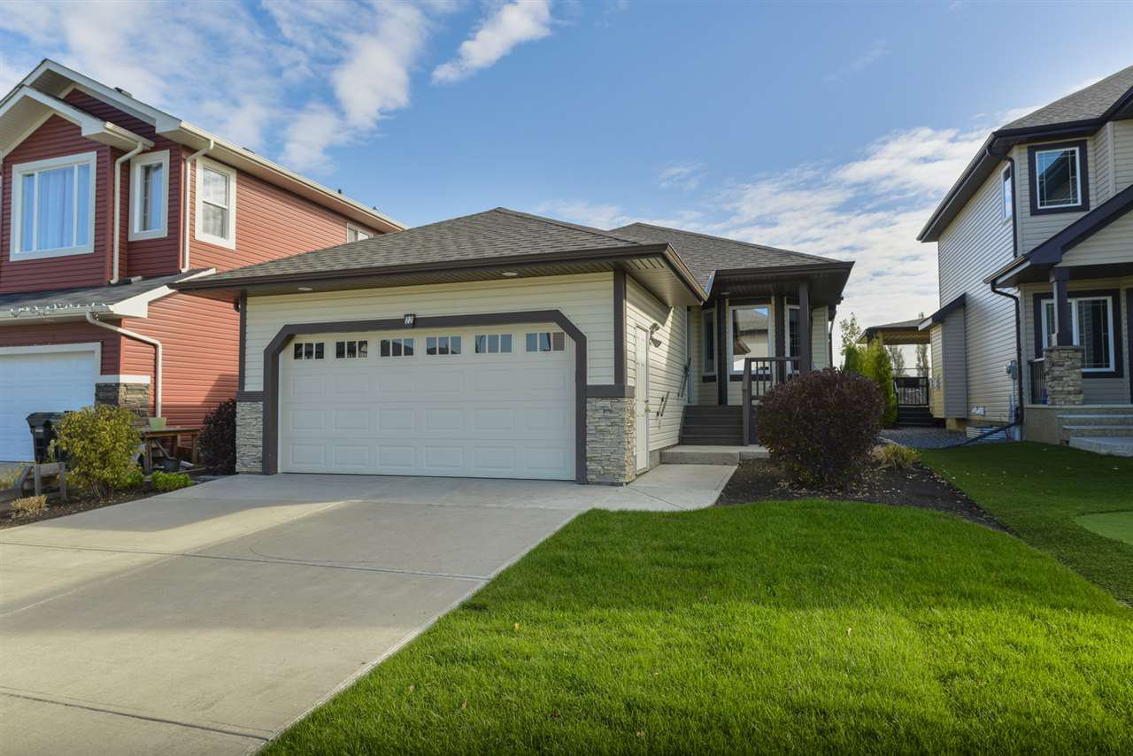 Main Photo: 22 HEWITT Circle: Spruce Grove House for sale : MLS®# E4152839