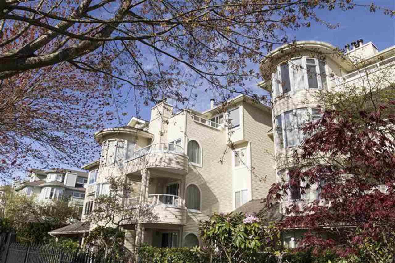 """Main Photo: 208 7620 COLUMBIA Street in Vancouver: Marpole Condo for sale in """"SPRINGS AT LANGARA"""" (Vancouver West)  : MLS®# R2362054"""