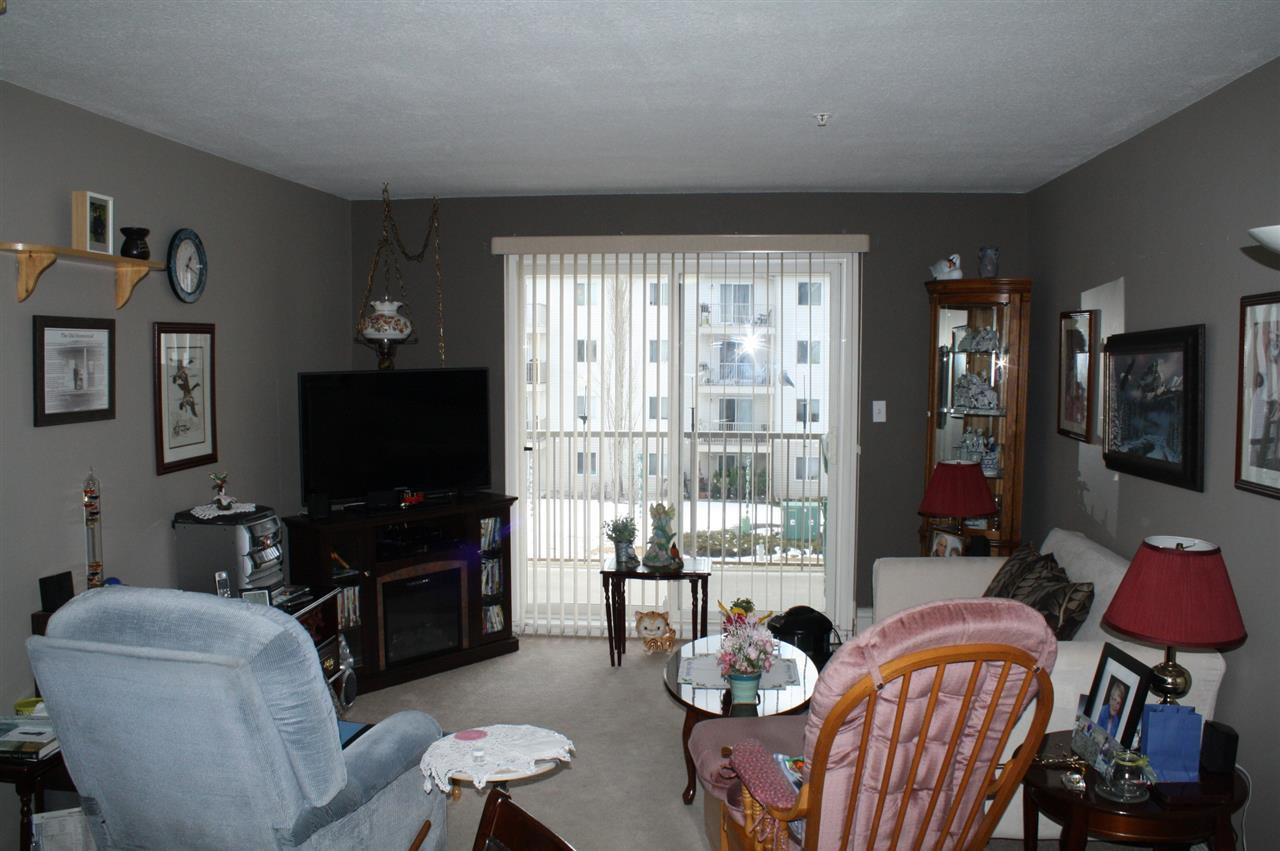Main Photo: 301 4703 43 Avenue: Stony Plain Condo for sale : MLS®# E4154395