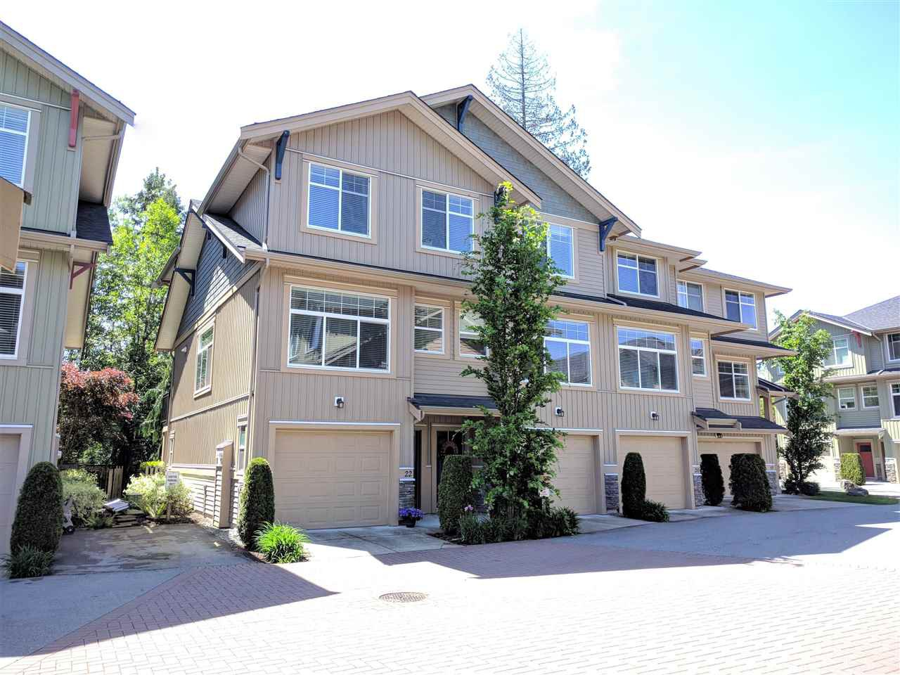 "Main Photo: 22 20966 77A Avenue in Langley: Willoughby Heights Townhouse for sale in ""NATURE'S WALK"" : MLS®# R2370750"