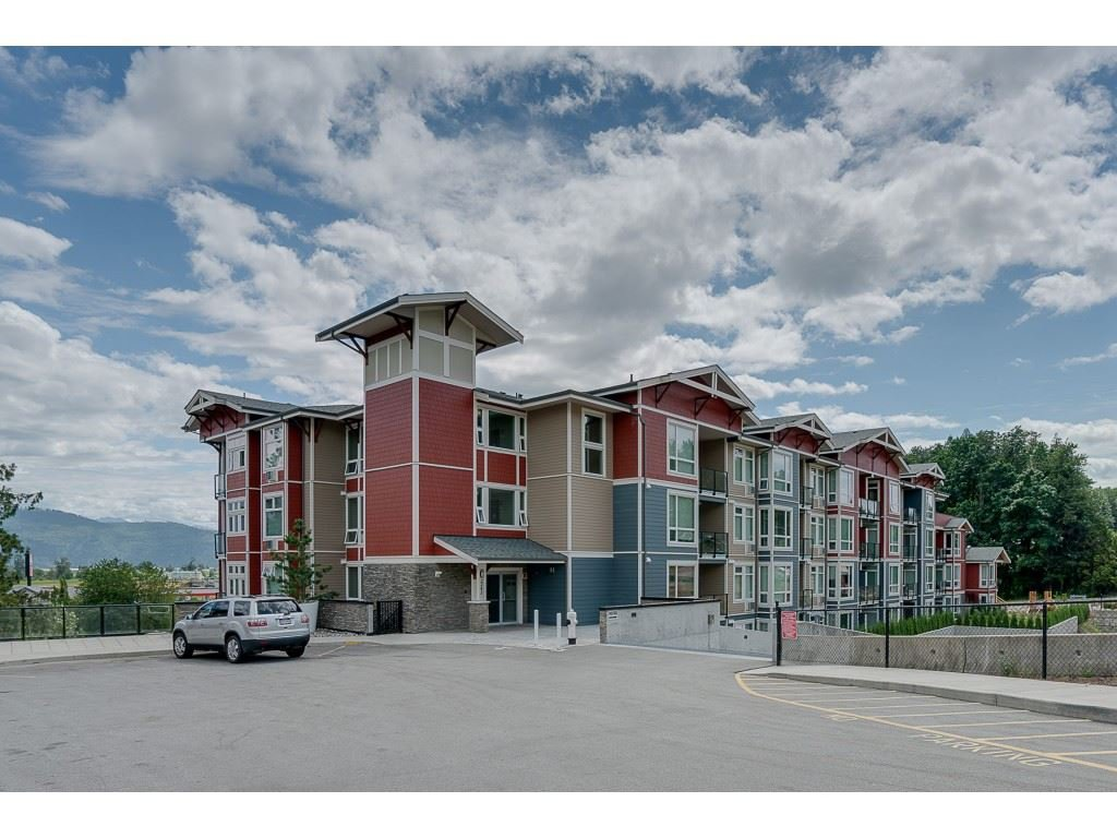 "Main Photo: 410 2242 WHATCOM Road in Abbotsford: Abbotsford East Condo for sale in ""~The Waterleaf~"" : MLS®# R2372629"