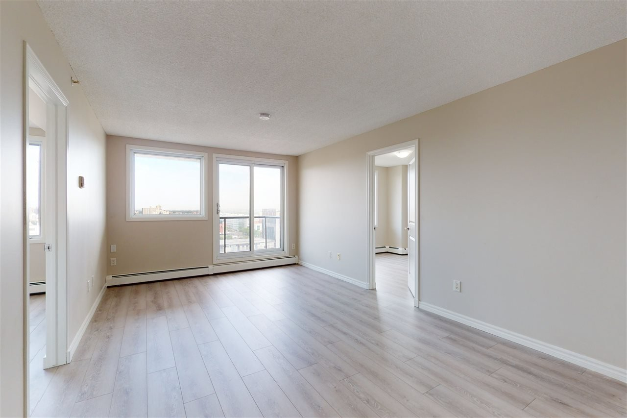 Photo 5: Photos: 1601 10303 105 Street in Edmonton: Zone 12 Condo for sale : MLS®# E4211500