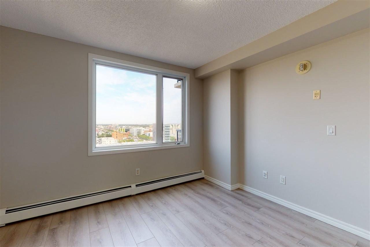 Photo 2: Photos: 1601 10303 105 Street in Edmonton: Zone 12 Condo for sale : MLS®# E4211500