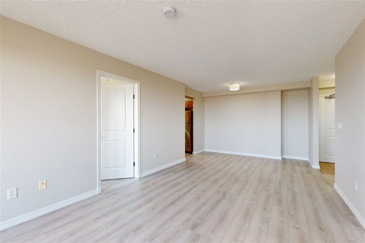 Photo 7: Photos: 1601 10303 105 Street in Edmonton: Zone 12 Condo for sale : MLS®# E4211500