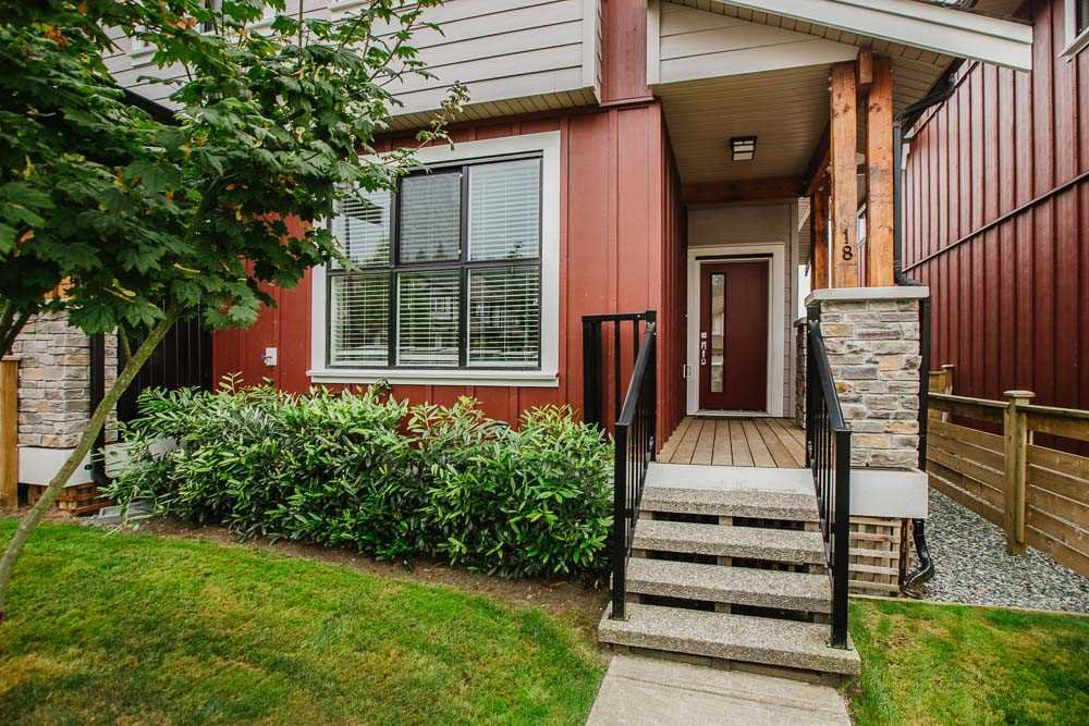 "Photo 2: Photos: 18 13260 236 Street in Maple Ridge: Silver Valley Townhouse for sale in ""ARCHSTONE AT ROCKRIDGE"" : MLS®# R2499727"