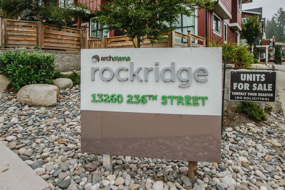 "Photo 30: Photos: 18 13260 236 Street in Maple Ridge: Silver Valley Townhouse for sale in ""ARCHSTONE AT ROCKRIDGE"" : MLS®# R2499727"