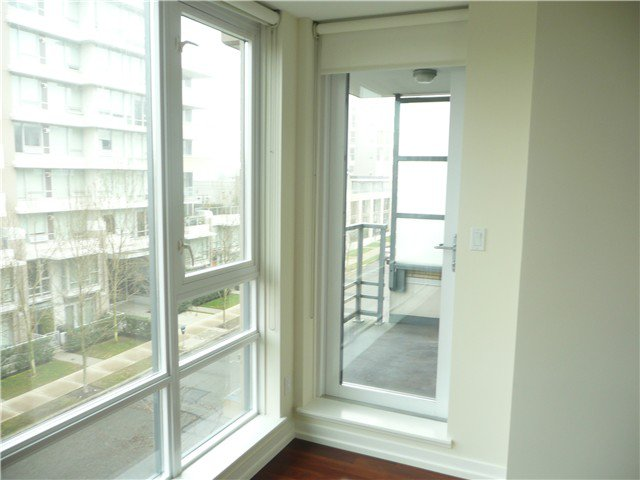 "Photo 10: Photos: 405 1690 W 8TH Avenue in Vancouver: Fairview VW Condo for sale in ""MUSEE"" (Vancouver West)  : MLS®# V1043624"