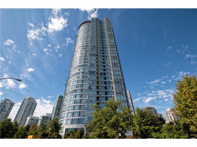 "Main Photo: 2608 1033 MARINASIDE Crescent in Vancouver: Yaletown Condo for sale in ""QUAY WEST 1"" (Vancouver West)  : MLS®# V1089970"
