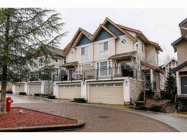 "Main Photo: 21 20120 68TH Avenue in Langley: Willoughby Heights Townhouse for sale in ""THE OAKS"" : MLS®# F1430505"