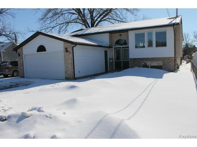 Main Photo: 70 Hindley Avenue in WINNIPEG: St Vital Residential for sale (South East Winnipeg)  : MLS®# 1504801