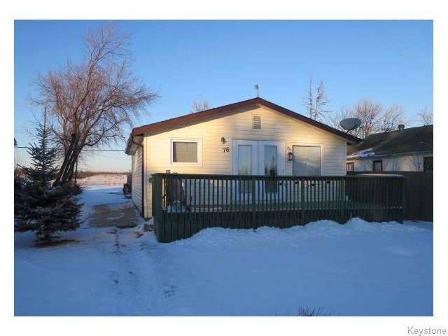 Main Photo: 76 North 5th Avenue in Gimli: Manitoba Other Residential for sale : MLS®# 1528390