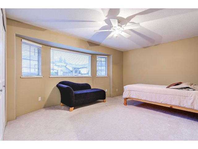Photo 13: Photos: 2902 WOODSTONE Court in Coquitlam: Westwood Plateau House for sale : MLS®# R2028509