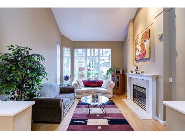 Photo 3: Photos: 2902 WOODSTONE Court in Coquitlam: Westwood Plateau House for sale : MLS®# R2028509