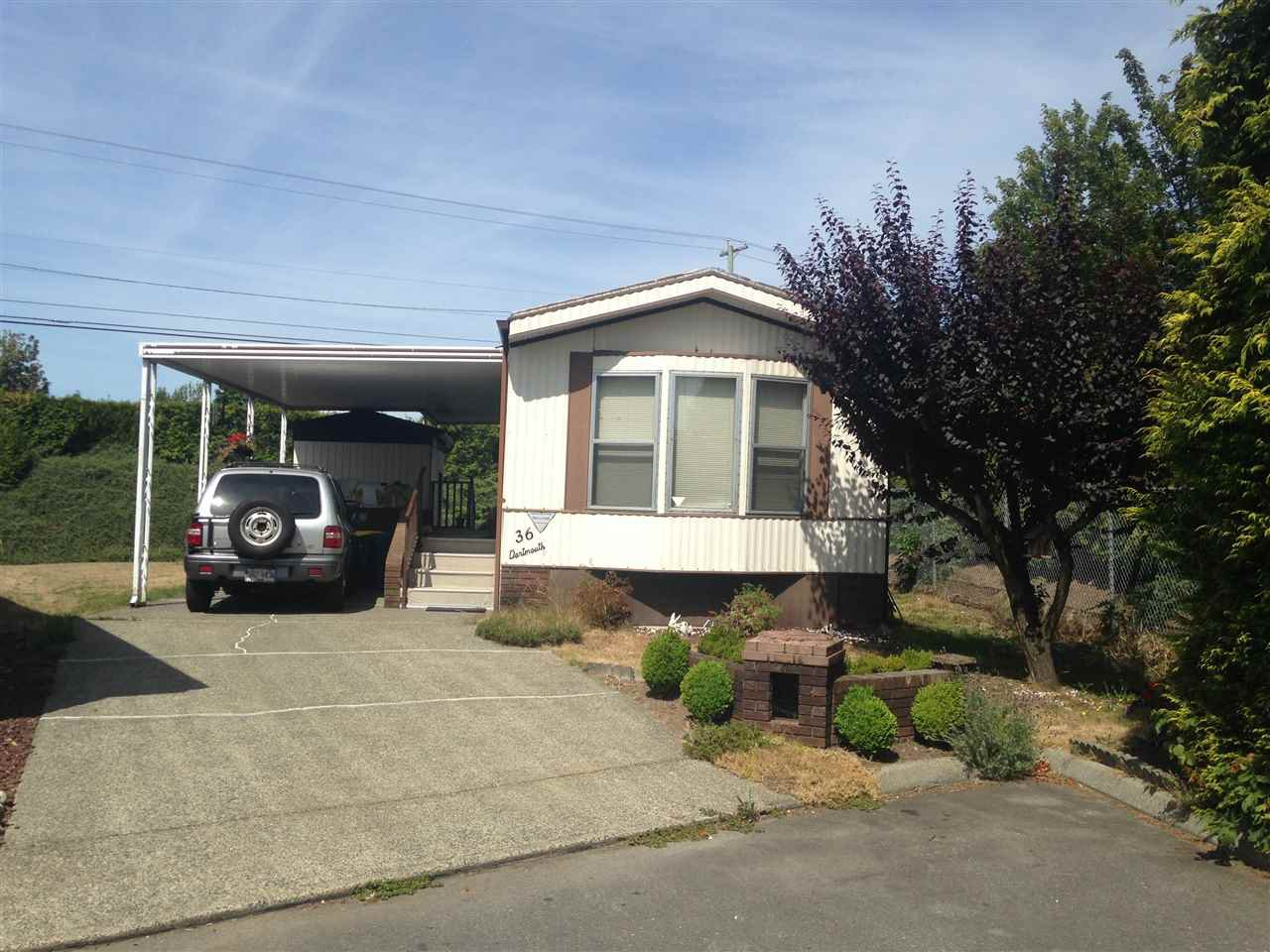 "Main Photo: 36 8670 156 Street in Surrey: Fleetwood Tynehead Manufactured Home for sale in ""Westwood Court"" : MLS®# R2055610"