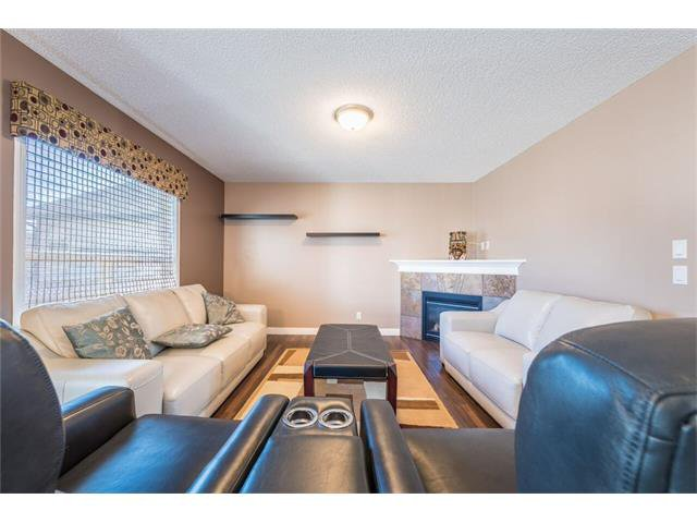 Photo 2: Photos: 195 WEST CREEK Crescent: Chestermere House for sale : MLS®# C4059923