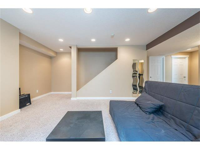 Photo 26: Photos: 195 WEST CREEK Crescent: Chestermere House for sale : MLS®# C4059923