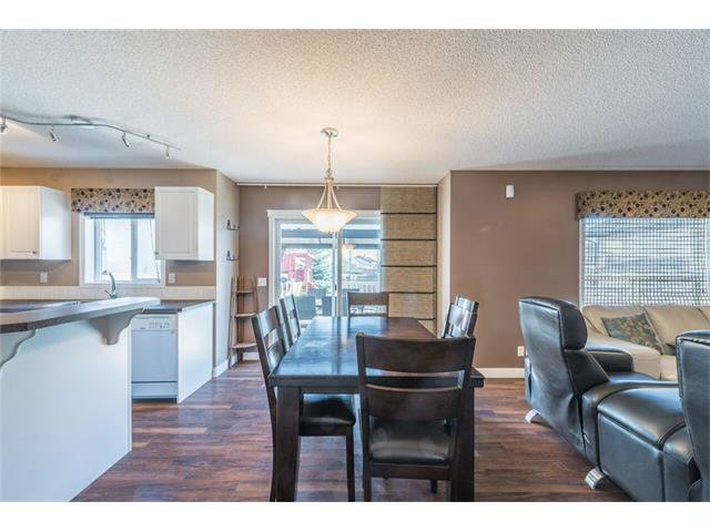 Photo 7: Photos: 195 WEST CREEK Crescent: Chestermere House for sale : MLS®# C4059923