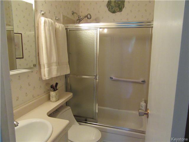 Photo 15: Photos: 432 Ritchot Street in Winnipeg: St Boniface Residential for sale (South East Winnipeg)  : MLS®# 1616795
