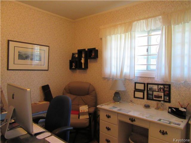 Photo 13: Photos: 432 Ritchot Street in Winnipeg: St Boniface Residential for sale (South East Winnipeg)  : MLS®# 1616795