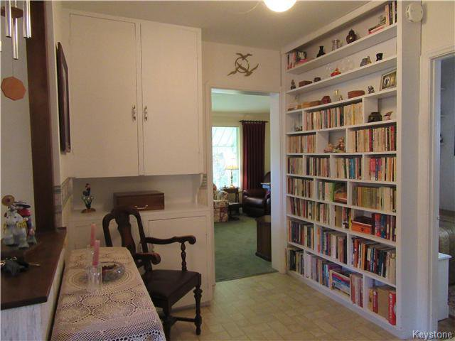 Photo 5: Photos: 432 Ritchot Street in Winnipeg: St Boniface Residential for sale (South East Winnipeg)  : MLS®# 1616795