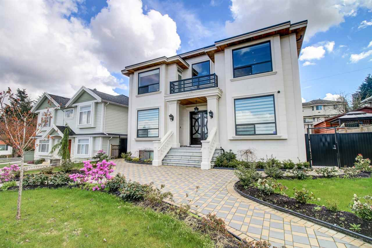 Main Photo: 4686 NORTHVIEW Court in Burnaby: Forest Glen BS House for sale (Burnaby South)  : MLS®# R2159260