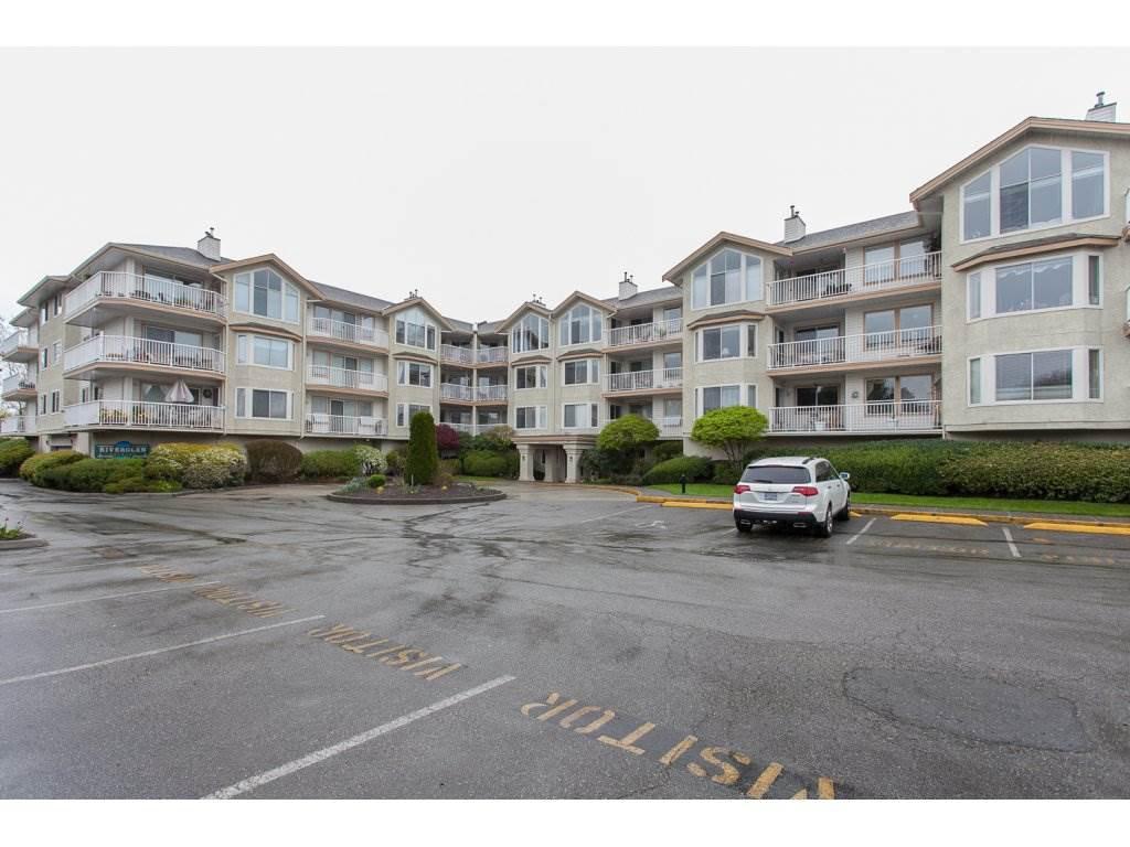 Photo 2: Photos: 309 20600 53A AVENUE in Langley: Langley City Condo for sale : MLS®# R2146902
