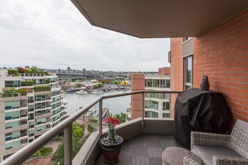 Main Photo: 1001 1625 HORNBY Street in Vancouver: Yaletown Condo for sale (Vancouver West)  : MLS®# R2179828