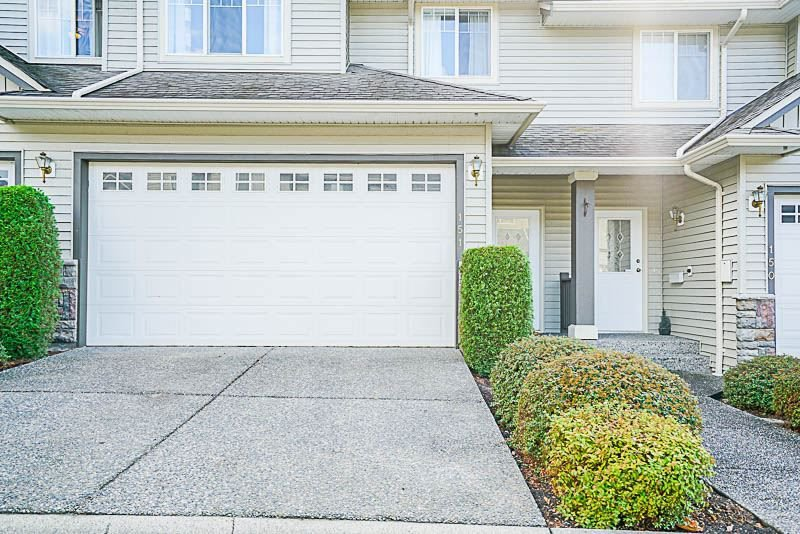 """Main Photo: 151 46360 VALLEYVIEW Road in Sardis: Promontory Townhouse for sale in """"CENTRE ROCK"""" : MLS®# R2207477"""