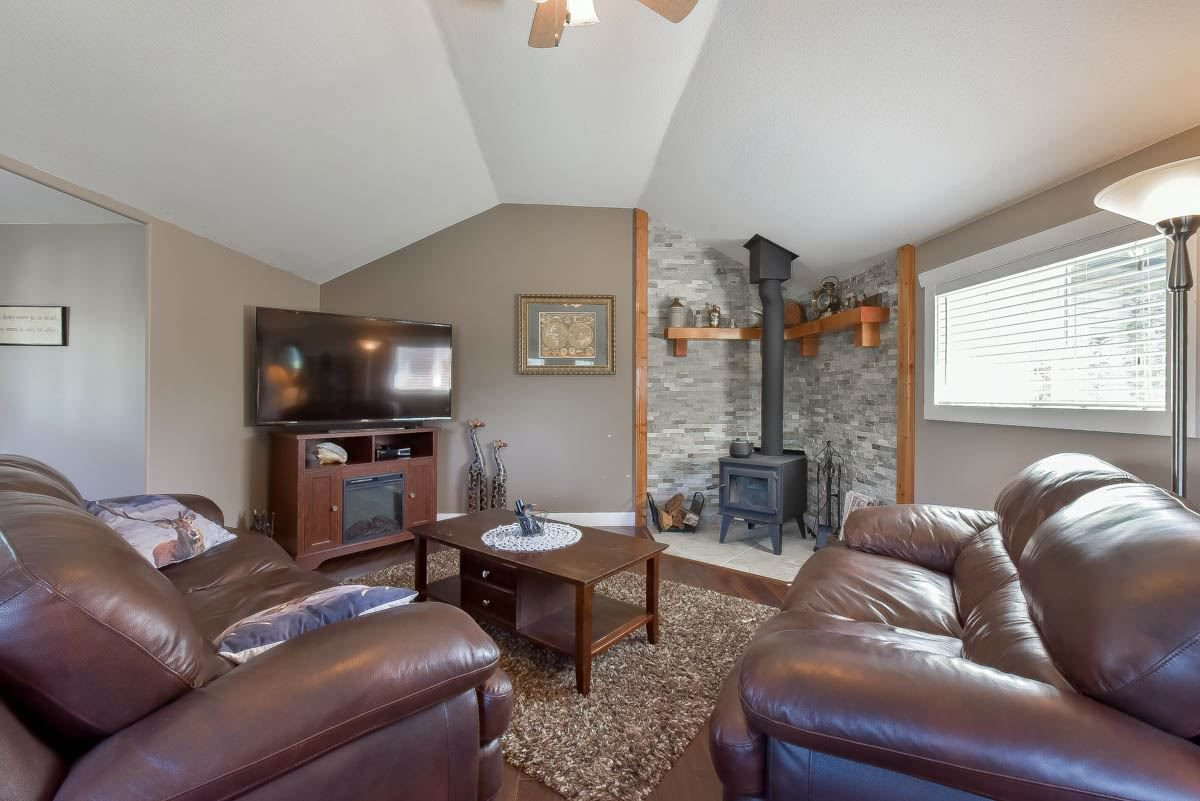 Photo 8: Photos: 9844 MUNRO Avenue in Rosedale: Rosedale Center House for sale : MLS®# R2234297