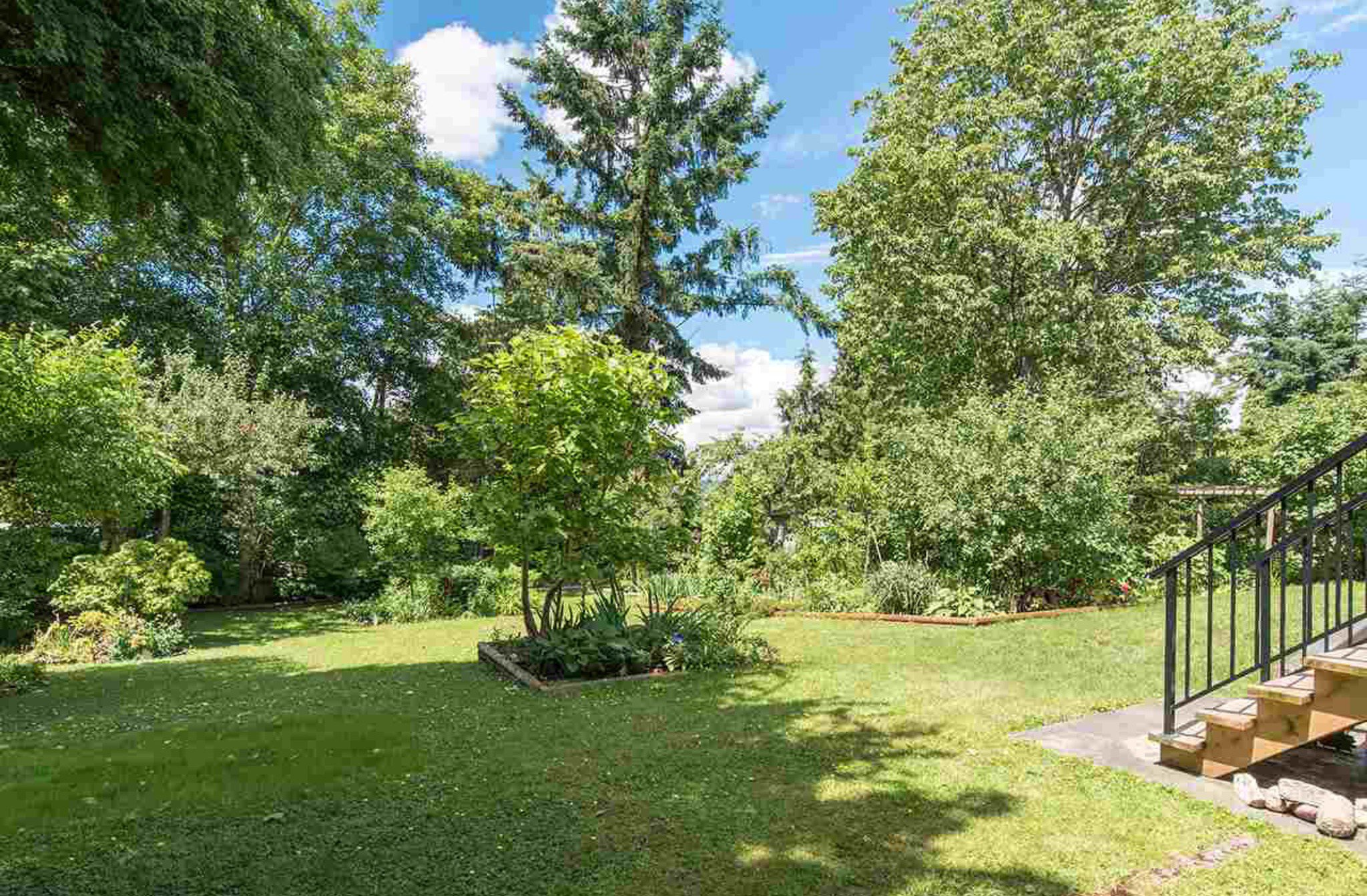 Photo 20: Photos: 10327 127A Street in Surrey: Cedar Hills House for sale : MLS®# R2178137