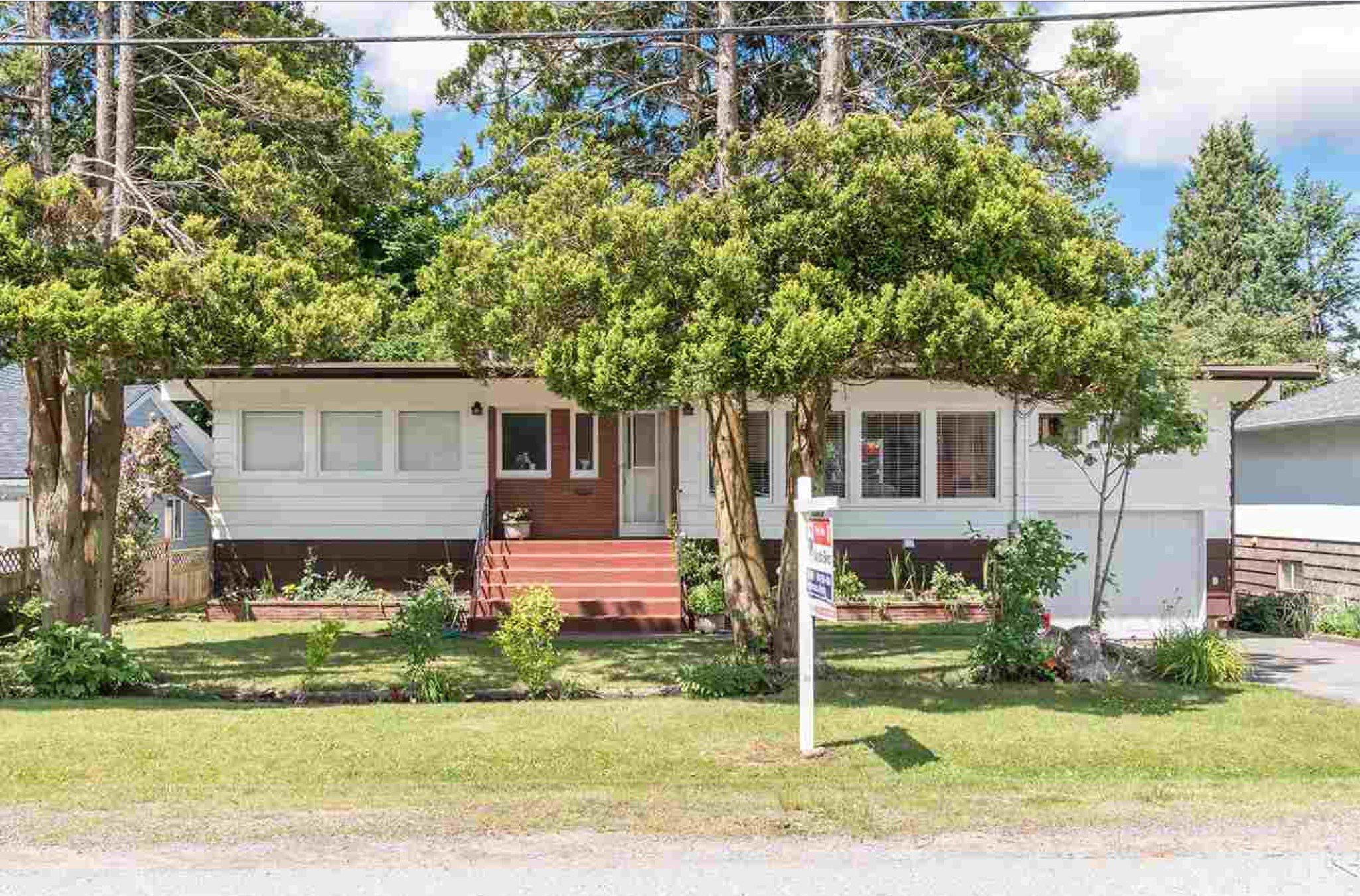 Photo 1: Photos: 10327 127A Street in Surrey: Cedar Hills House for sale : MLS®# R2178137