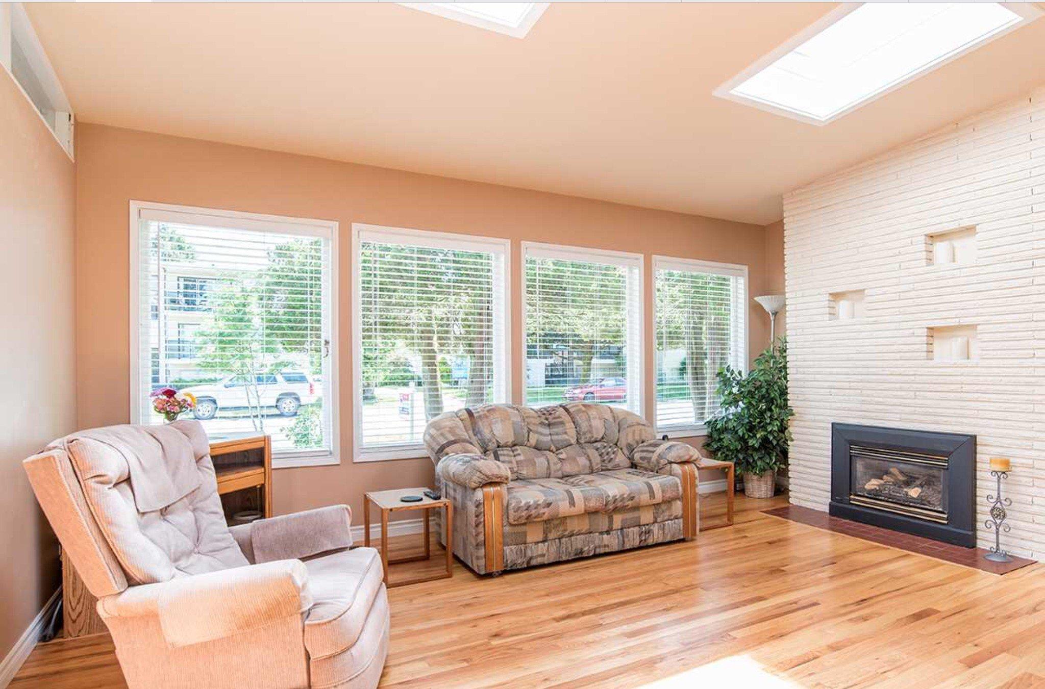 Photo 3: Photos: 10327 127A Street in Surrey: Cedar Hills House for sale : MLS®# R2178137