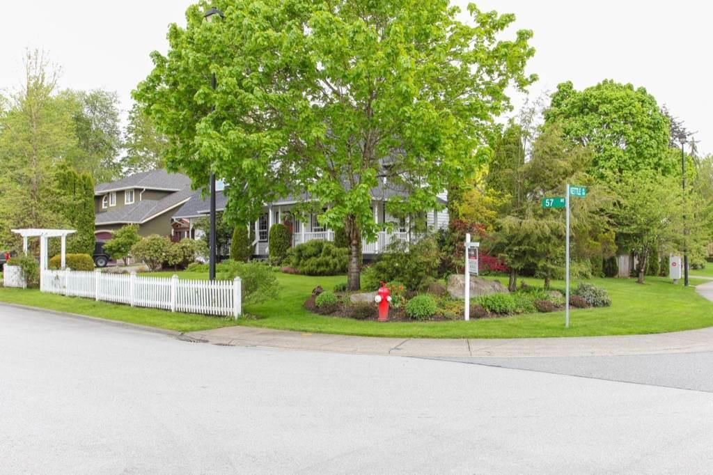 Photo 2: Photos: 15361 57TH Avenue in Surrey: Sullivan Station House for sale : MLS®# R2253840