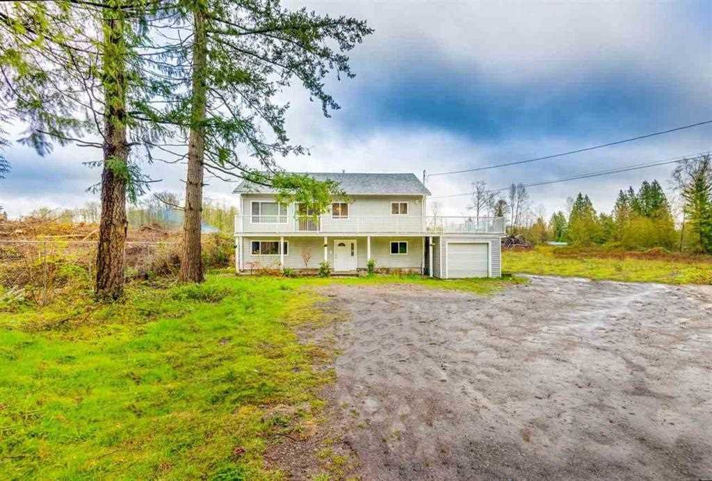 Photo 1: Photos: 1698 240 Street in Langley: Otter District House for sale : MLS®# R2274235