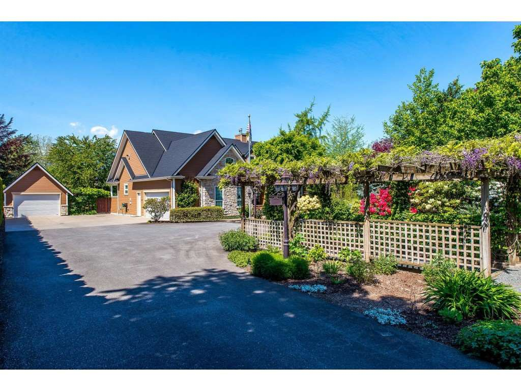 Main Photo: 1771 EVERGREEN Drive: Agassiz House for sale : MLS®# R2365219