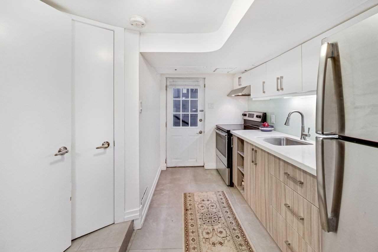 Photo 16: Photos: 309 Waverley Road in Toronto: The Beaches House (2-Storey) for sale (Toronto E02)  : MLS®# E4482049