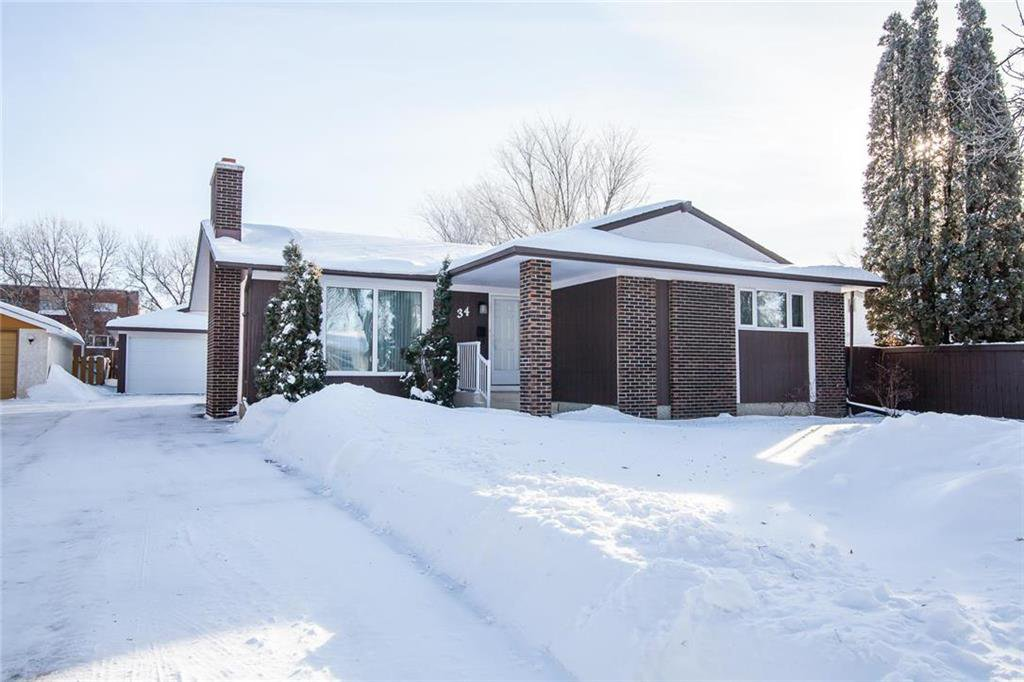 Main Photo: 34 Galbraith Crescent in Winnipeg: Crestview Residential for sale (5H)  : MLS®# 202001817