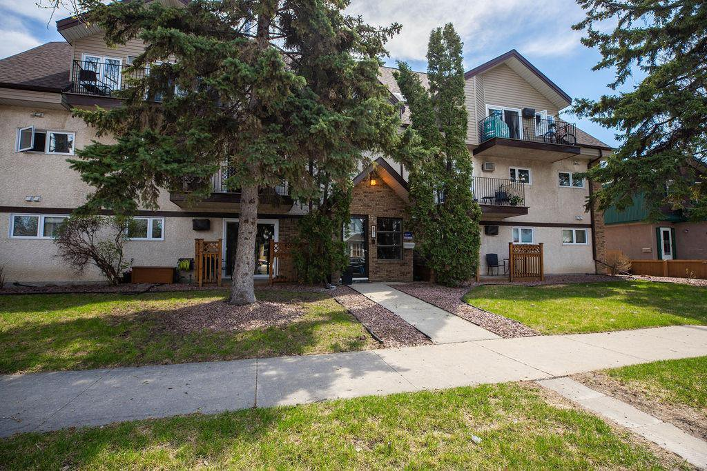 Main Photo: 301 176 Thomas Berry Street in Winnipeg: St Boniface Condominium for sale (2A)  : MLS®# 202010747