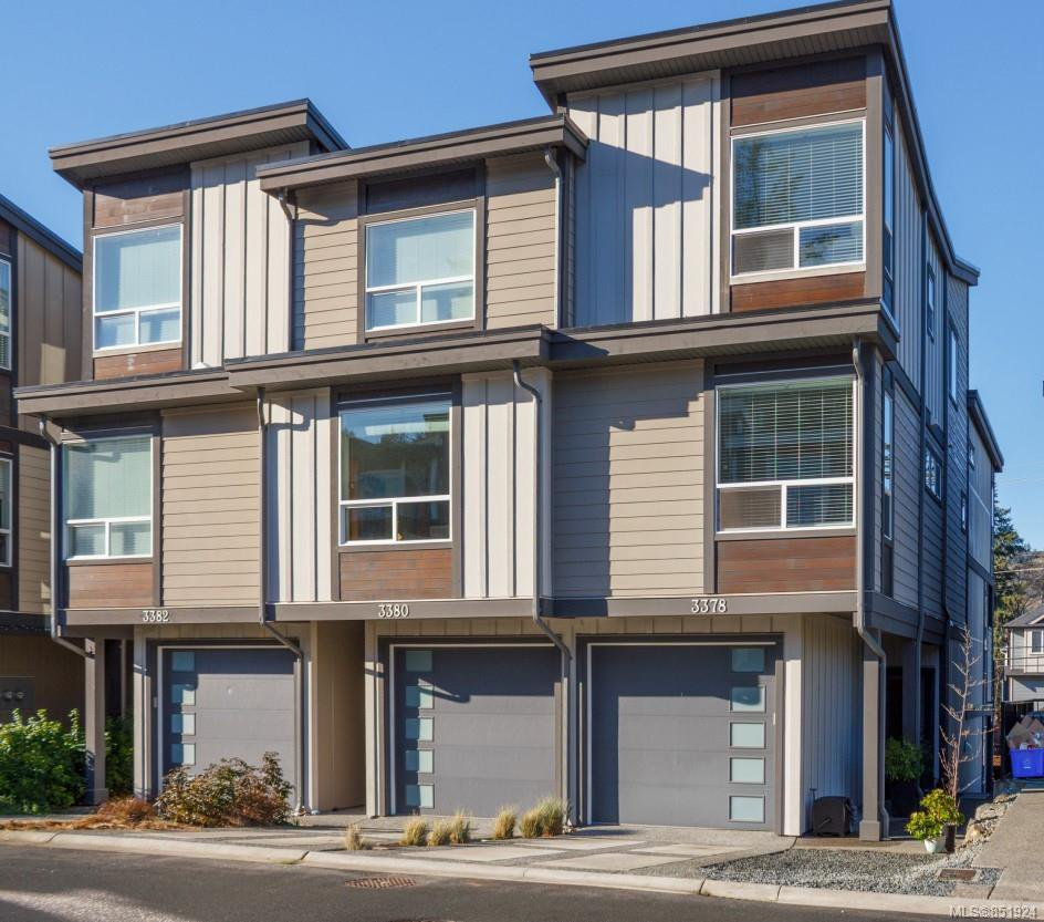 Main Photo: 3378 Vision Way in : La Happy Valley Row/Townhouse for sale (Langford)  : MLS®# 851924