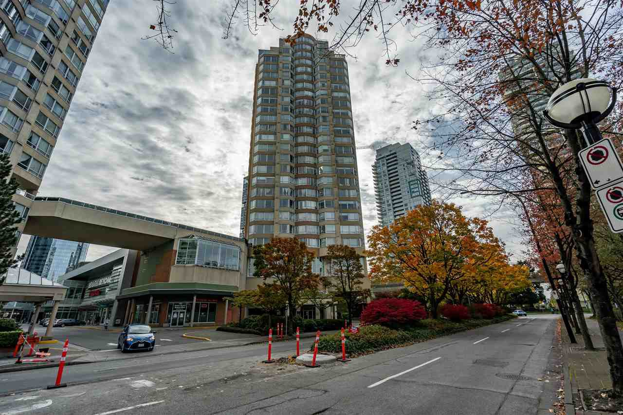 Main Photo: 1402 6240 MCKAY AVENUE in Burnaby: Metrotown Condo for sale (Burnaby South)  : MLS®# R2513716