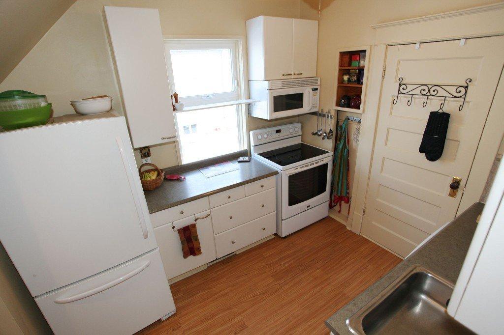 Photo 12: Photos: 513 Newman Street in Winnipeg: Wolseley Single Family Detached for sale (West Winnipeg)  : MLS®# 1307090
