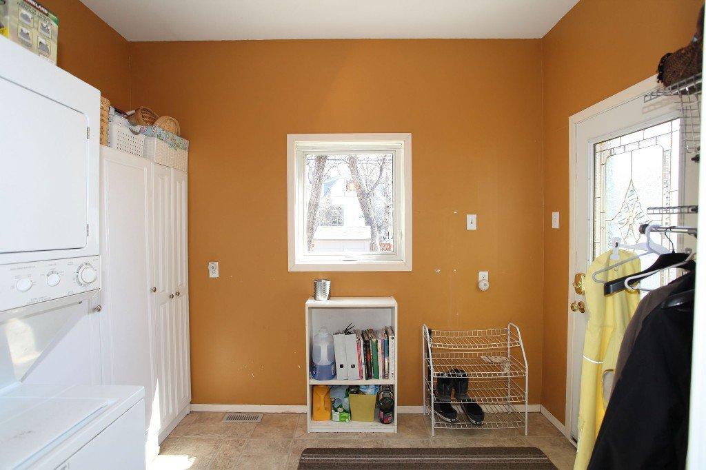 Photo 16: Photos: 513 Newman Street in Winnipeg: Wolseley Single Family Detached for sale (West Winnipeg)  : MLS®# 1307090
