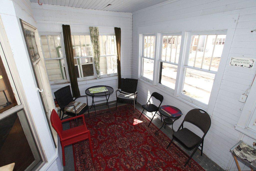 Photo 3: Photos: 513 Newman Street in Winnipeg: Wolseley Single Family Detached for sale (West Winnipeg)  : MLS®# 1307090