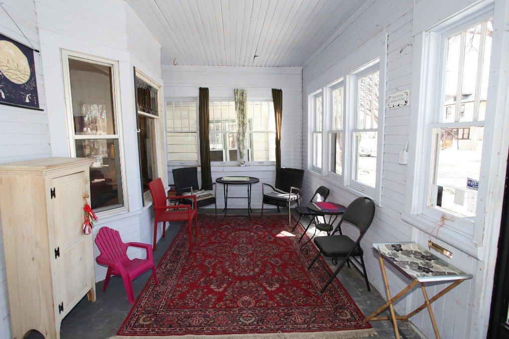 Photo 2: Photos: 513 Newman Street in Winnipeg: Wolseley Single Family Detached for sale (West Winnipeg)  : MLS®# 1307090