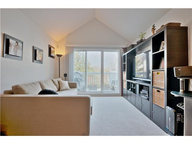 """Main Photo: 407 6833 VILLAGE Grove in Burnaby: Highgate Condo for sale in """"CARMEL AT THE VILLAGE"""" (Burnaby South)  : MLS®# V1044021"""