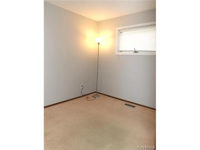 Photo 8: Photos: 610 Springfield Road in WINNIPEG: North Kildonan Residential for sale (North East Winnipeg)  : MLS®# 1427546