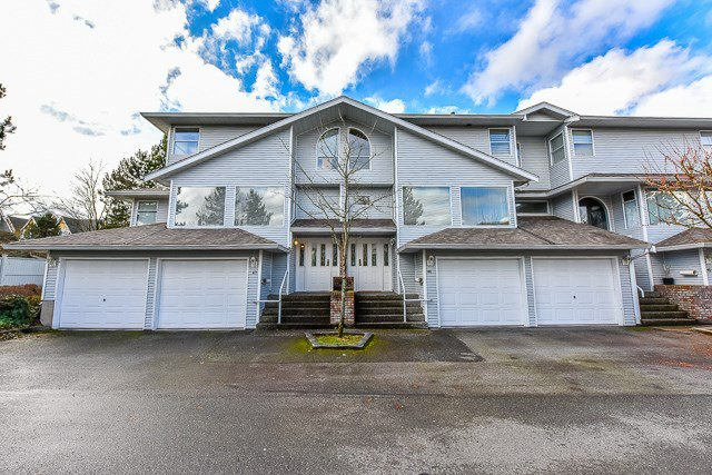 "Main Photo: 46 16363 85 Avenue in Surrey: Fleetwood Tynehead Townhouse for sale in ""SOMERSET"" : MLS®# R2035327"