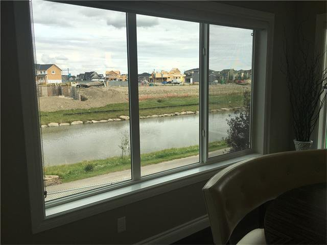 Photo 8: Photos: 2337 Bayside Circle: Airdrie House for sale : MLS®# C4053225